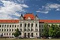 Zgrada suda u Zrenjaninu - centralni deo.jpg