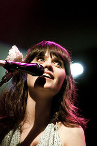 Zooey Deschanel of She & Him @ Terminal 5 07.jpg