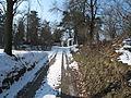 Židovský hřbitov (Zlonice), příjezd ke hřbitovu.jpg