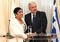 Συνάντηση ΥΠΕΞ Δ. Αβραμόπουλου με ΥΠΕΞ Κυπριακής Δημοκρατίας Ερ. Κοζάκου-Μαρκουλλή (7976555535).jpg