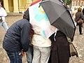 Важней всего погода в ... Петропавловской крепости, а все что кроме - легко исправить с помощью зонтов.jpg