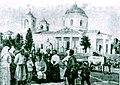 Гадяч Леся Українка та Климент Квітка біля Успенського собору.jpg