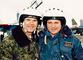 Генерал авиации Павел Кузнецов и подполковник Владимир Ковальский после тренировочного полёта..jpg