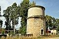 מגדל המים והמבנה המעוגל.jpg