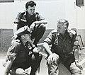 מפקד האוגדה אריאל שרון לצד קצין חינוך יהודה אילן במלחמת יום הכיפורים 1973.jpg