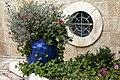 פינה בגינת מנזר רטיסבון.jpg