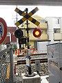踏切警報器, 大和路線(関西本線)正覚寺踏切 - panoramio.jpg