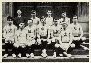 1907–08 Chicago Maroons men's basketball team - Image: 1907 08 Uof C Men's Basketball Team