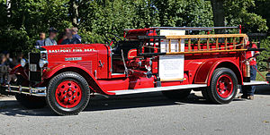 1931 Day-Elder Pumper no. 1, Eastport NY.jpg