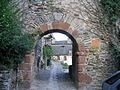 2003 Conques arch IMG 6323.JPG