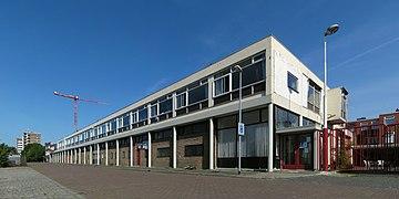 20110602 Oosterhamrikkade 5-9 (vm. bedrijfspand Buttinger) Groningen NL.jpg