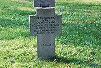 2017-09-28 GuentherZ Wien11 Zentralfriedhof Gruppe97 Soldatenfriedhof Wien (Zweiter Weltkrieg) (067).jpg