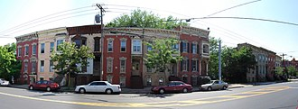 Clinton Avenue Historic District (Albany, New York) - Italianate row at 252–70 Clinton, now missing one house