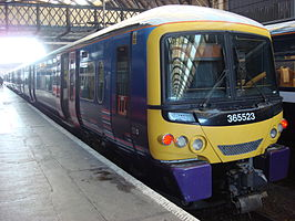 Een British Rail class 365 in Kings Cross
