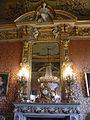 37 quai d'Orsay grand salon cheminée.jpg