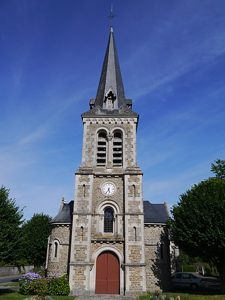 L'église Saint-Baudelle.