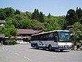 641-9913 Tohoku KC-LV782R1 Towada-hoku Line Tsuta-Onsen.jpg