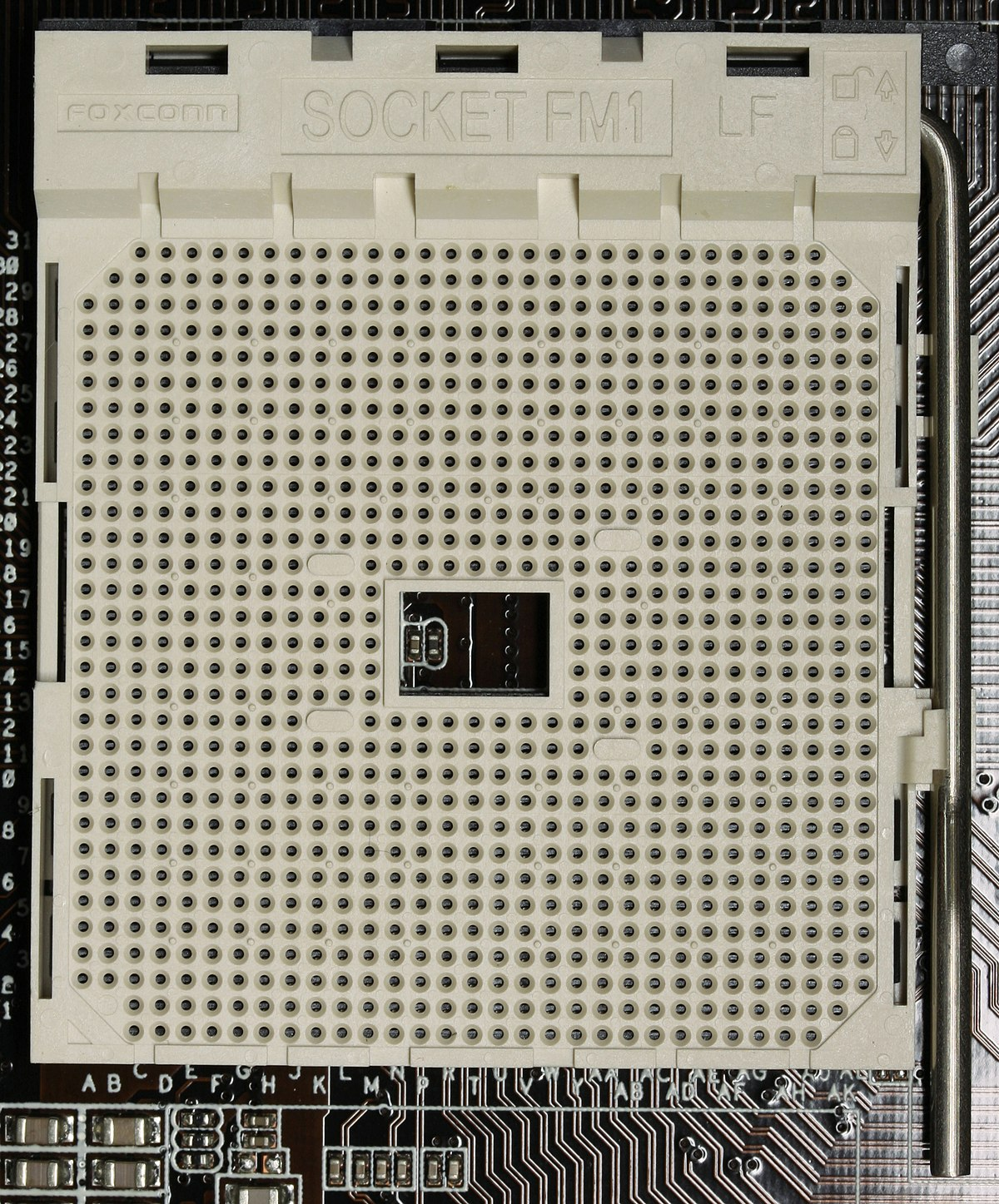 how to clean cpu contacts