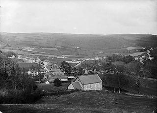 A view of Llansanffraid Glynceiriog from Llwyn-copog