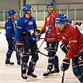 Adler-training-1002574 (43722937145).jpg