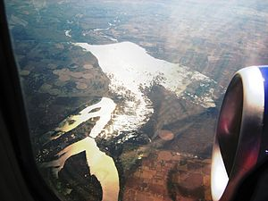 Moses Lake - Aerial view from the north (2009). Moses Lake is at lower left and the Potholes Reservoir at center.