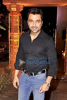 Ajaz Khan at Sachin Joshi's Diwali Party.jpg