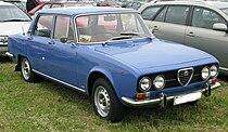 Alfa 2000 Berlina 1974.jpg