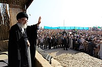 Ali Khamenei in Rahian-e Noor010.jpg