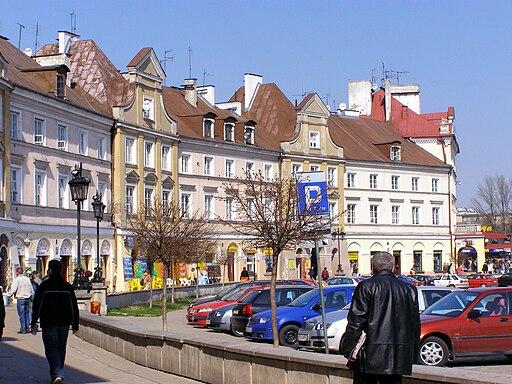 Alians PL,Plac Zamkowy Lublin,2008-02-08,P3300193,WikimediaCommons BronislawWesolowskiLublin20-325