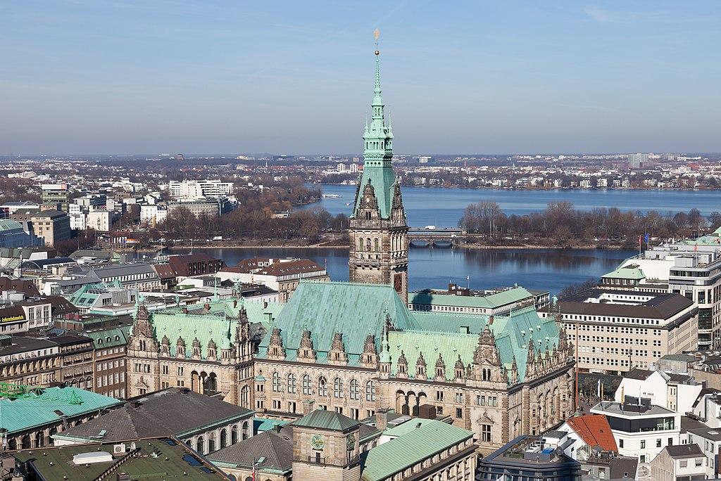 Alsterblick Hamburg.jpg