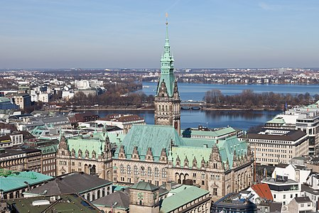 Rathaus and Alster in Hamburg, Germany