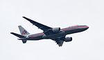 Amerian Airlines Boeing 777-223(ER) N765AN (6086376854).jpg