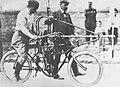 Anzani Propeller-Motorrad 1906 01.jpg