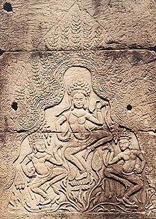 Nymphes des eaux dans Légendes Indiennes 220px-Apsaras_Bayon_Kambodscha200