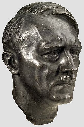 Adolf Hitler in popular culture - Heroic image of Hitler by Arno Breker