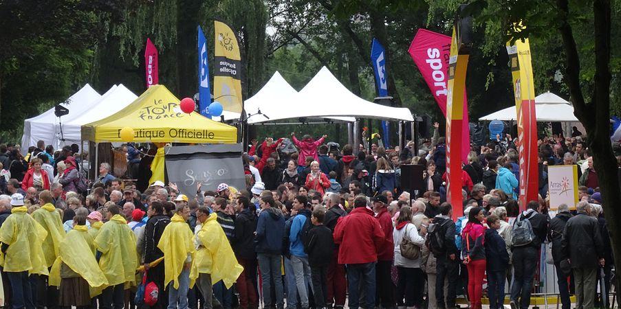 Arras - Tour de France, étape 6, 10 juillet 2014, départ (31).JPG