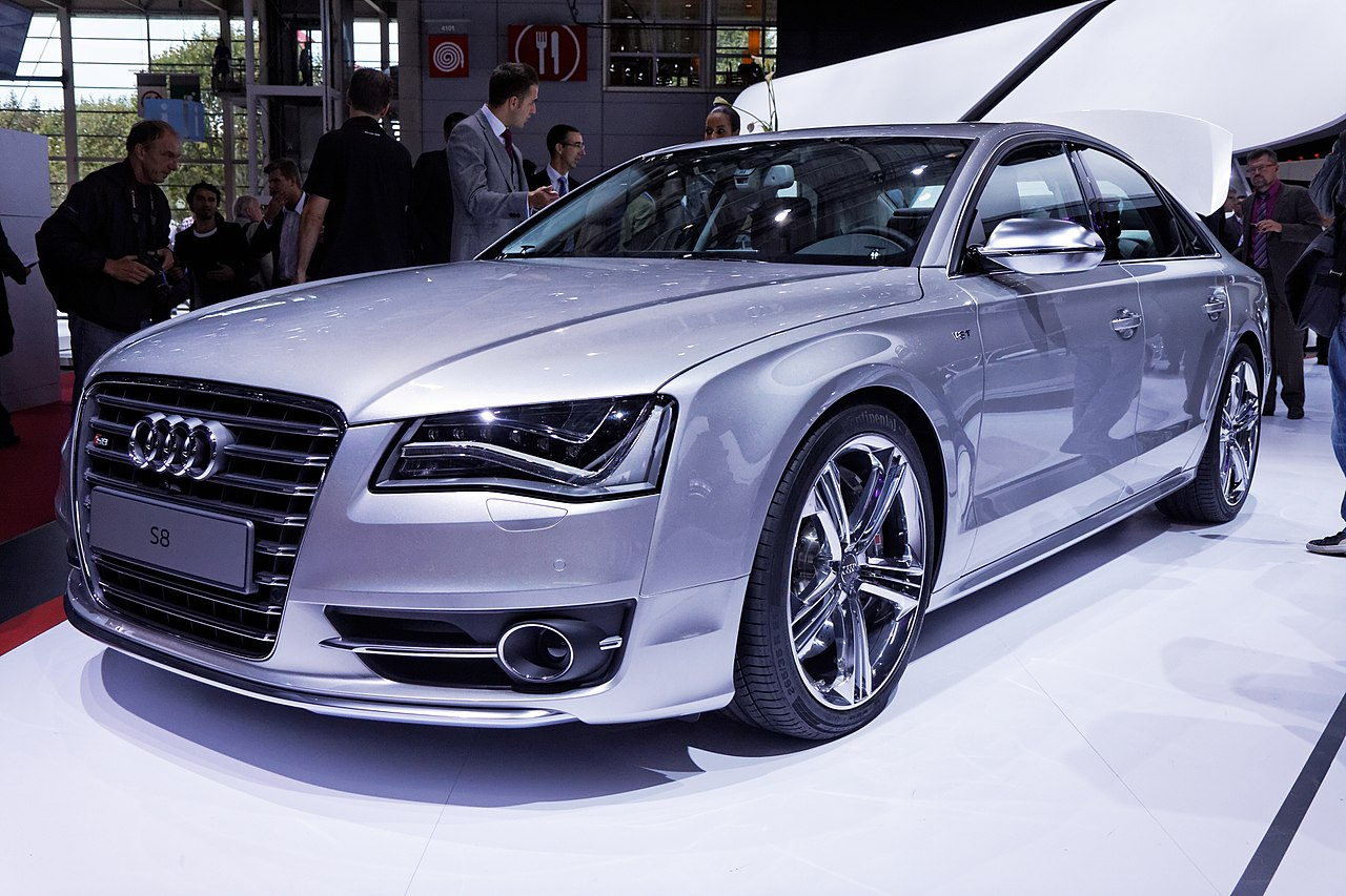 file audi s8 mondial de l 39 automobile de paris 2012 wikimedia commons. Black Bedroom Furniture Sets. Home Design Ideas