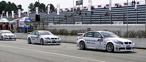 BMW in motorsport - BMW 320si at the 2006 World Touring Car Championship.