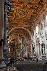 Basilica di San Giovanni in Laterano - Interior 1.jpg