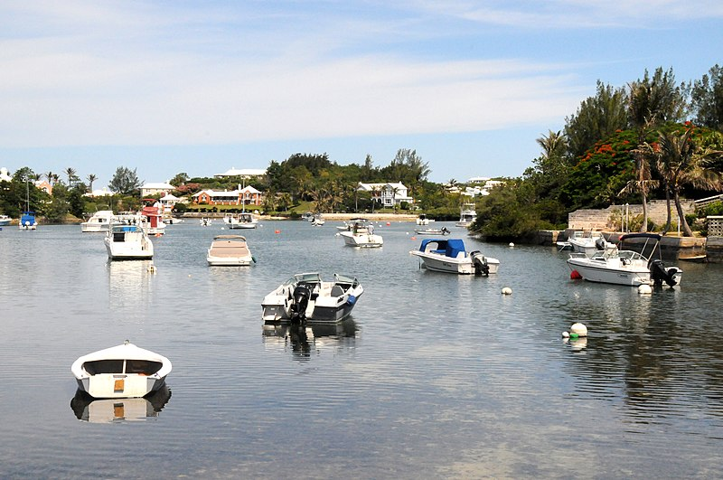 File:Bermuda, Fairyland Creek - panoramio.jpg