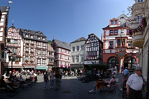 Deutsch: Marktplatz in Bernkastel-Kues
