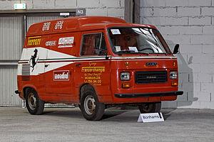 Bonhams - The Paris Sale 2012 - FIAT 900T Ferrari Service Van - 1978 - 004.jpg