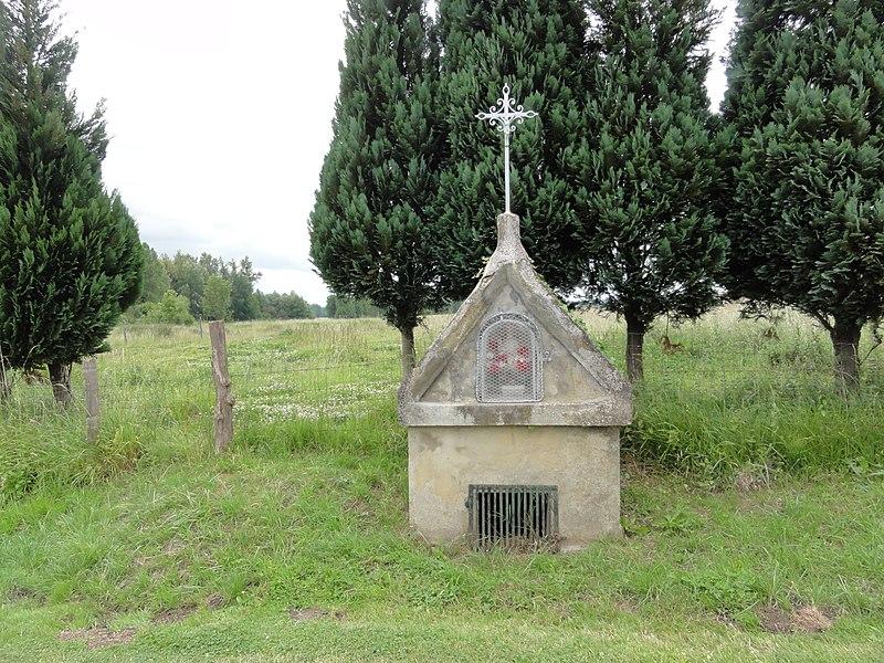 Bourguignon-sous-Coucy (Aisne) fontaine-oratoire Saint-Amand