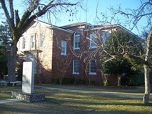 Bristol, Florida - County courthouse