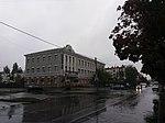 Building of former School 14, Kremenchuk 03.jpg