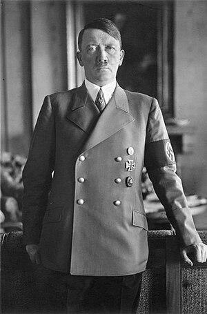 {{BArch-description|1=Adolf Hitler Zentralbild...