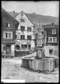 CH-NB - Hospental, Brunnen auf dem Dorfplatz, vue d'ensemble - Collection Max van Berchem - EAD-6784.tif