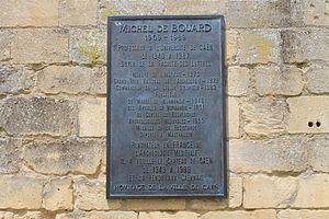 Caen plaque Michel de Boüard.JPG