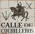 Calle de Cuchilleros (Madrid) 01.jpg