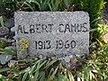 Camus Grab bei Lourmarin in Südfrankreich.jpg